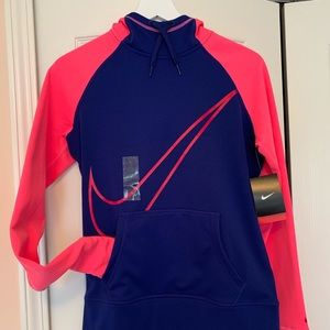 NWT Nike Therma Fit Sweatshirt, Size Small